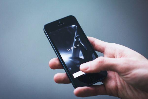 Prve posledice lošeg kvartala: Uber otpustio trećinu svog marketing tima