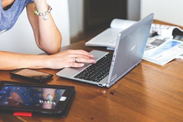 Besplatni e-Mentoring program Udruženja poslovnih žena Srbije